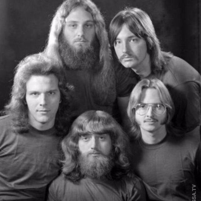 1970-е годы: самый романтичный период для мужских причесок