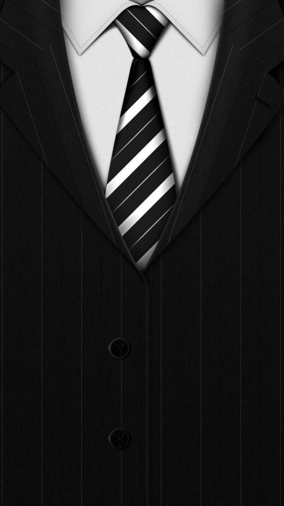 галстук на черном фоне